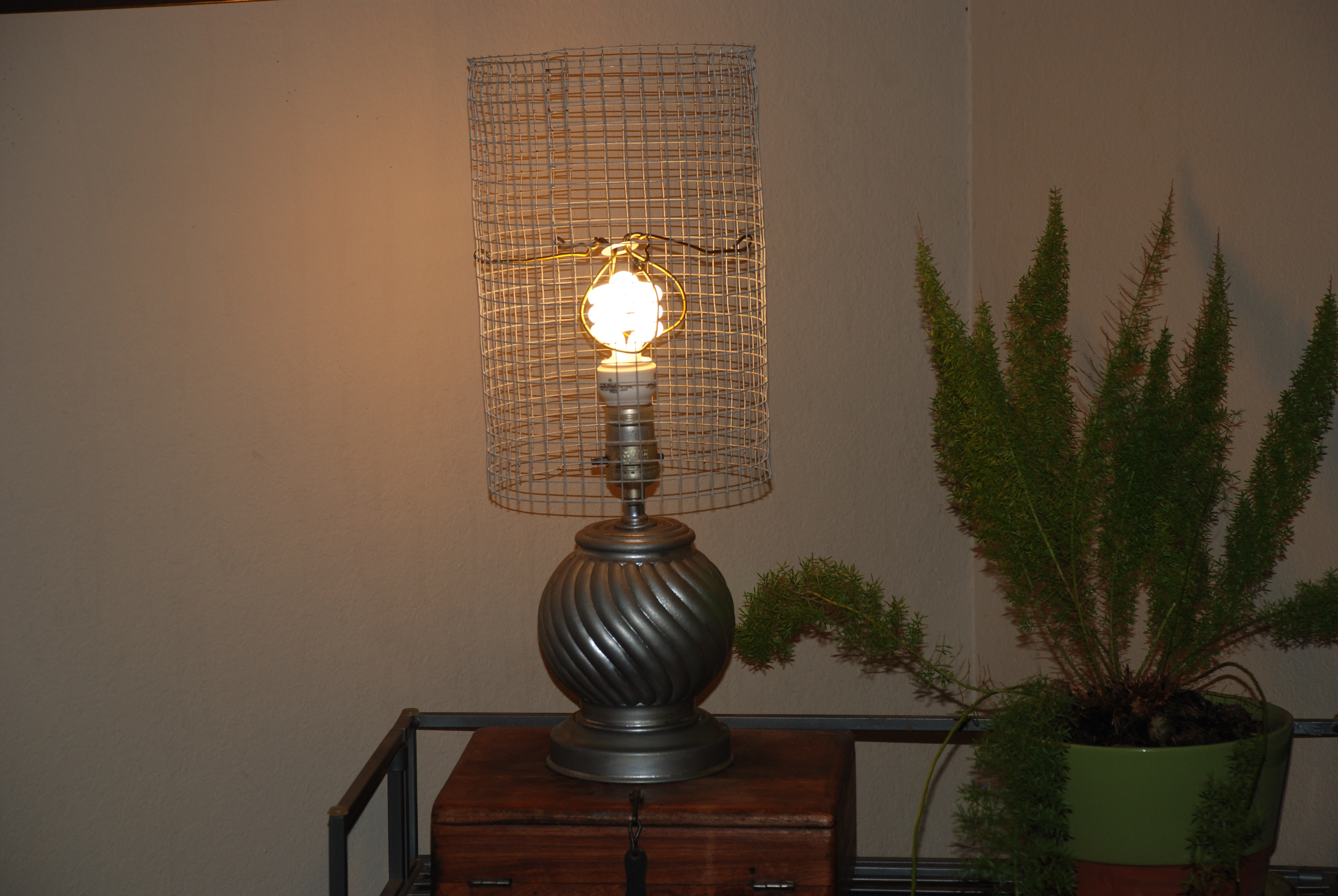 Diy chicken wire lampshade super greentooth Image collections